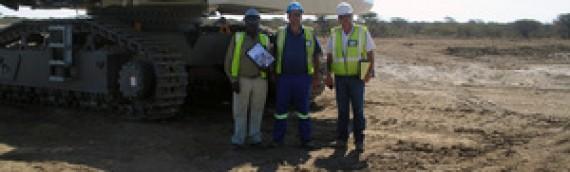 Encargadas tres excavadoras de minería para una mina en Namibia
